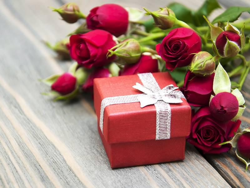 自分へのご褒美や大切な人へのプレゼントに☆クリスマスジュエリーのサムネイル画像