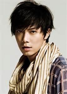 人気イケメン俳優・成宮寛貴のおしゃれすぎるファッションをご紹介!のサムネイル画像