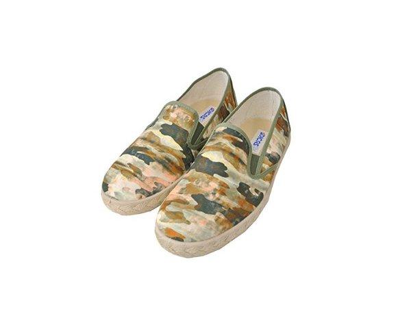 スペインのレディースもののブランド靴にはどんなものがあるかのサムネイル画像