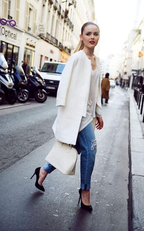 【ノーカラーコートの着こなし】コートのトレンドはノーカラー!のサムネイル画像
