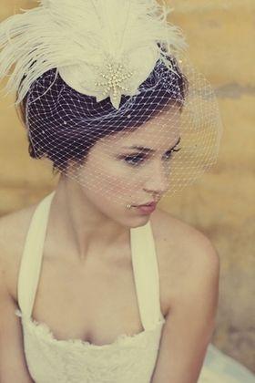 一生に一度のブライダルで付けたい髪飾り!これから付ける人必見のサムネイル画像