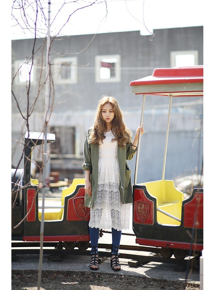 大人レディース目指すなら♡カーキのジャケットはマストアイテム♡のサムネイル画像