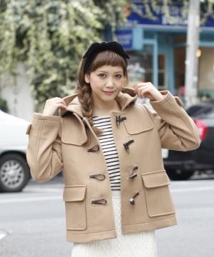 【女の子必見】レディースのダッフルコートを使ったコーデが可愛い♡のサムネイル画像