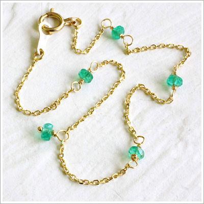 涼しげな色合いが特徴の宝石【エメラルド】のブレスレット特集♪のサムネイル画像