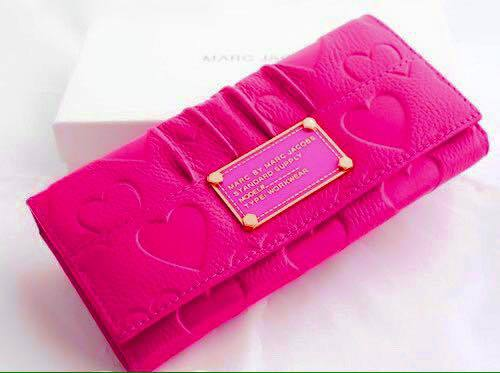 *女性に人気の長財布♡今買うならどのブランドがおすすめ?*のサムネイル画像