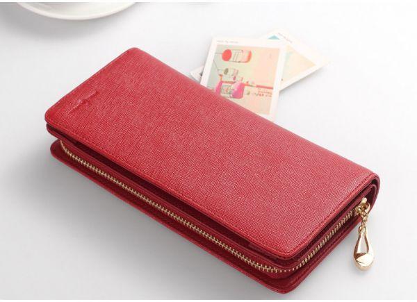 おしゃれな長財布をご紹介♡レディースに人気のブランドは?のサムネイル画像