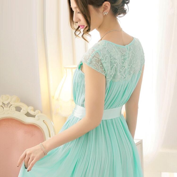 何色を着ていく?結婚式お呼ばれワンピースカラー別画像集‼のサムネイル画像