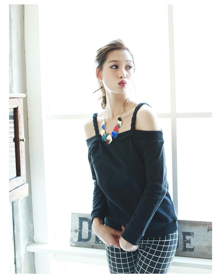 レディースの秋服を使ったコーデをご紹介!おしゃれに着こなしたいのサムネイル画像