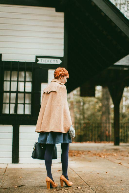 【ポンチョコートコーデ】ポンチョスタイルのコートがいま旬!のサムネイル画像