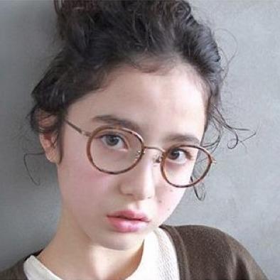 印象が変わる!ハイセンスなメガネなら人気ブランドがおすすめ!のサムネイル画像