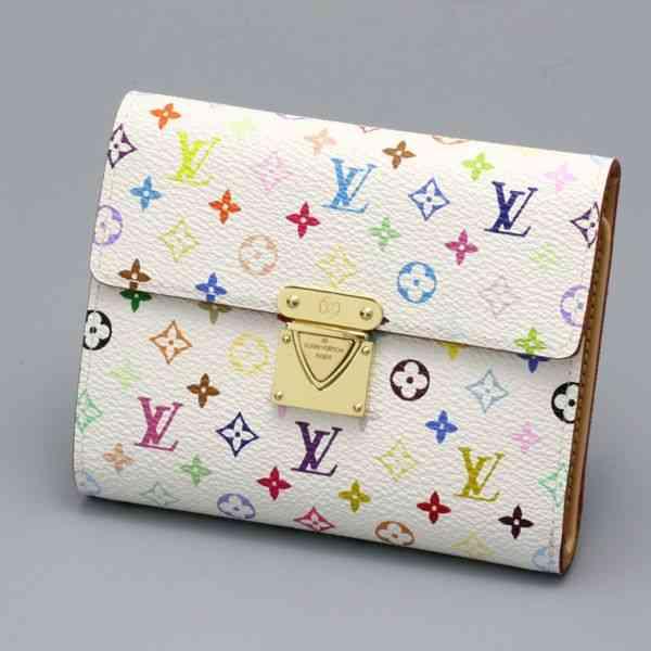 どのブランドが好き? 有名ブランドの革財布をたっぷりご紹介!!のサムネイル画像