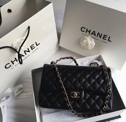 【女性の憧れ♡シャネル・バッグが好き♡いつか持ちたい!!】のサムネイル画像