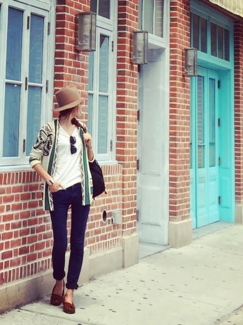 夏のレディースコーデ☆半袖Tシャツは何にしようか迷っちゃう♡のサムネイル画像