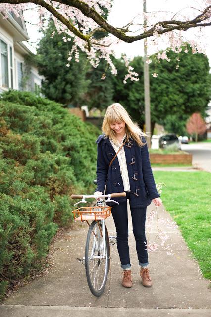 【ダッフルコーデ】定番人気のダッフルコートがかわいいっ♡のサムネイル画像