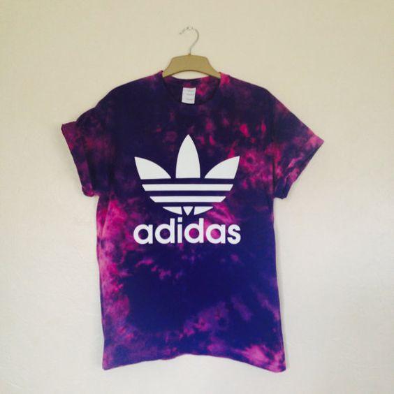 それ、スポーツウェアなの?オシャレな人気スポーツウェアTシャツ☆のサムネイル画像