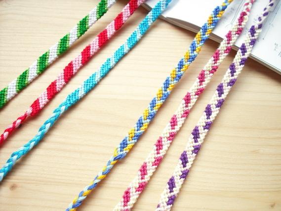 ミサンガを刺繍糸で編んでみませんか?おしゃれ女子必見です★のサムネイル画像
