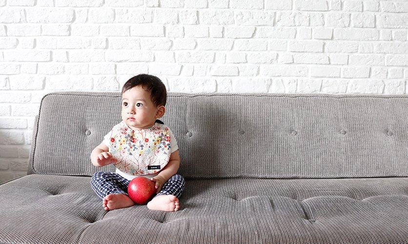 赤ちゃんにぜひ一枚!無料型紙を使ってオリジナルハンドメイドのサムネイル画像