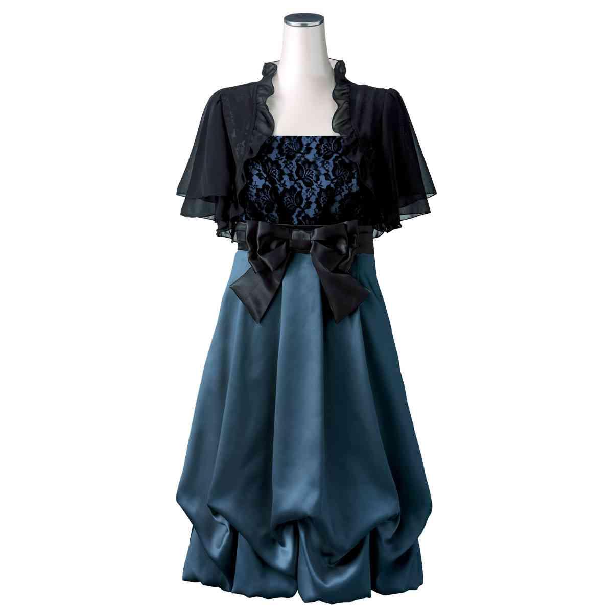 パーティードレスにピッタリのボレロを羽織ってお洒落にドレスアップのサムネイル画像
