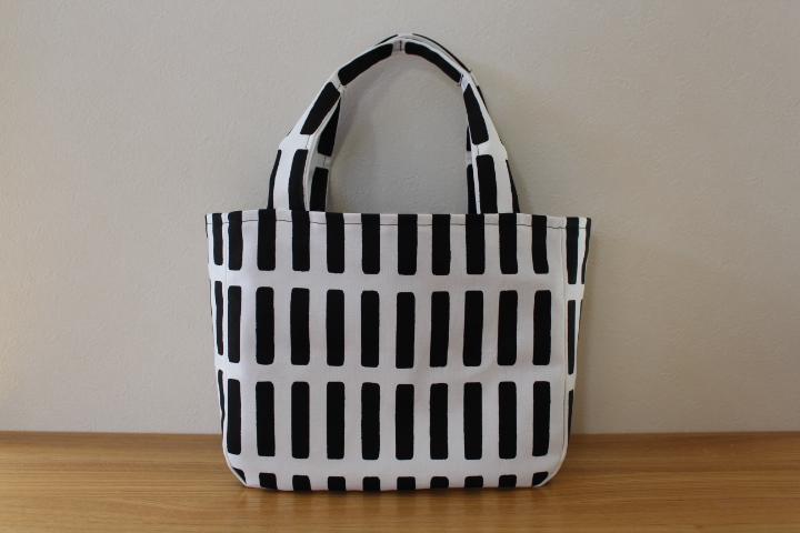 世界に一つ!好きな生地でオリジナルトートバッグを手作りしよう!のサムネイル画像