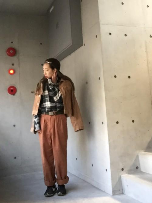 【チノパン×ジャケット】で大人の女性を演出♡コーデを参考に♡のサムネイル画像