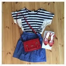 大人のおしゃれ可愛いコーデには、青スカートを使ってみよう。のサムネイル画像