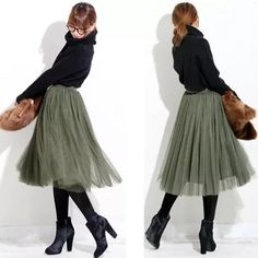 忘年会の服装に迷っている方必見!!忘年会にぴったりのコーデ特集のサムネイル画像