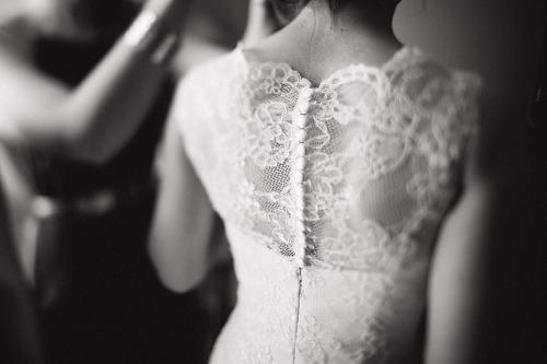 無難で終わらない結婚式の2次会ドレスを目指してみませんか?のサムネイル画像