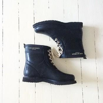 立派なおしゃれアイテム♡レディース防寒長靴で素敵コーデに♪のサムネイル画像