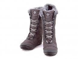 防寒、防水ウィンターブーツは冬のレディースコーデに欠かせない!のサムネイル画像