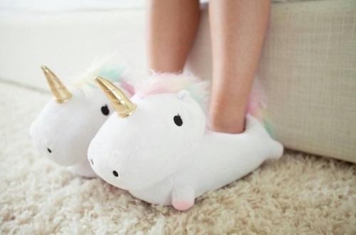 おうちで疲れた足をハッピーにしてくれる【可愛いスリッパ♡】のサムネイル画像