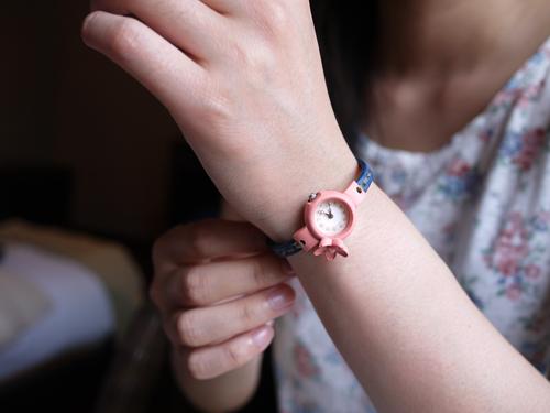 可愛い腕時計で腕先のおしゃれを楽しむ。おすすめ腕時計6選。のサムネイル画像