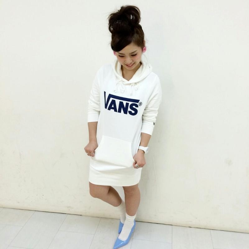 靴だけじゃない!バンズ50周年の様々な服の魅力をご紹介します!のサムネイル画像