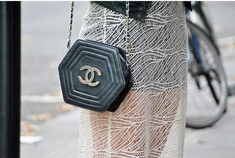 自分へのプレゼントに買いたい、おすすめの人気ブランドかばん6選のサムネイル画像