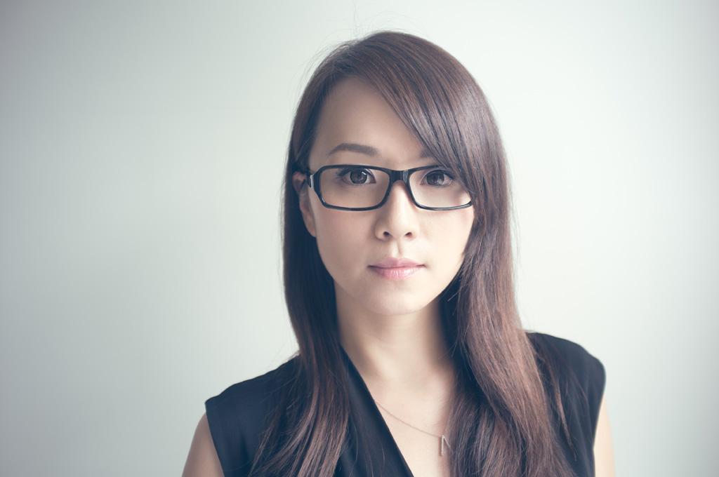 正しいメガネフレームの選び方で自分に似合うメガネを見つけよう!のサムネイル画像