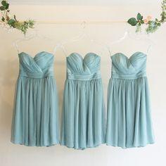 欲しいドレスが見つかるかも!グリーンのパーティドレス特集のサムネイル画像