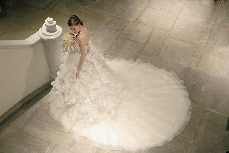 海外王室や海外セレブから学びたい!ウェディングドレス選びのサムネイル画像