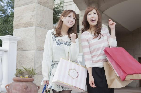 女子の人気ブランド大調査!服&バッグ&腕時計&アクセサリーのサムネイル画像