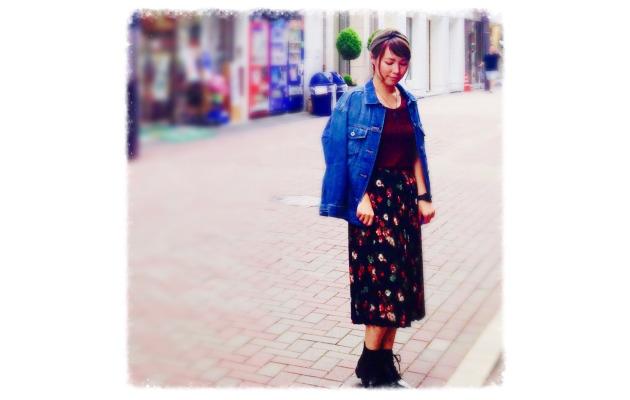 GUのデニムジャケットで、とことん楽しむおしゃれなコーディネートのサムネイル画像