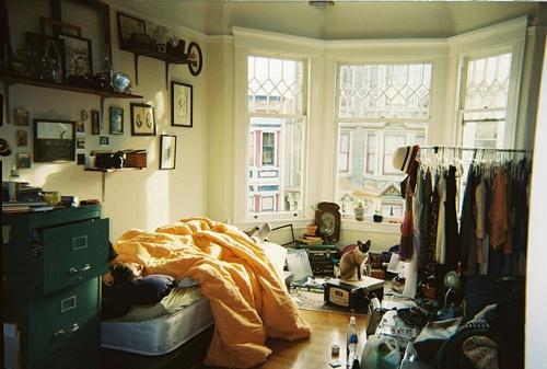着なくなった服の未来は古着屋やリサイクルショップだけじゃない!のサムネイル画像