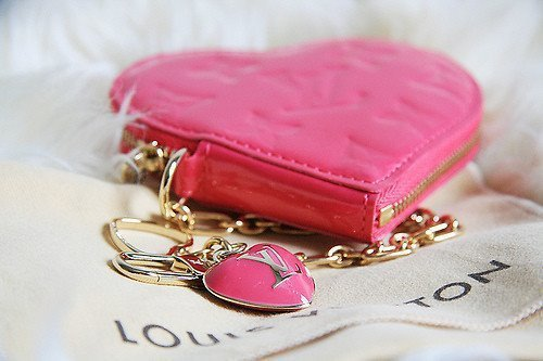 ミニ財布好きの私が大小判!大人女子に人気の小ぶりウォレットのサムネイル画像