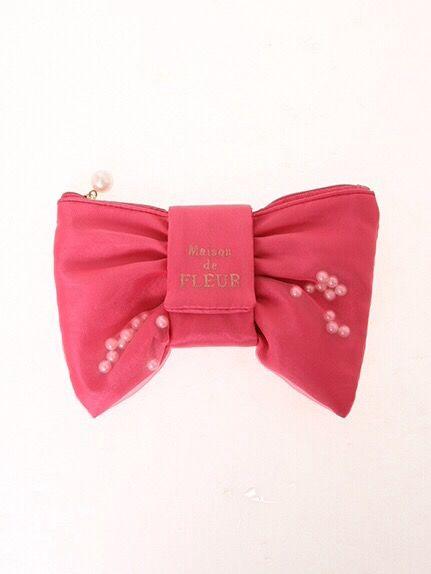 ピンクのリボンで可愛く着飾ろう!ピンクリボンでお洒落ガールに!?のサムネイル画像