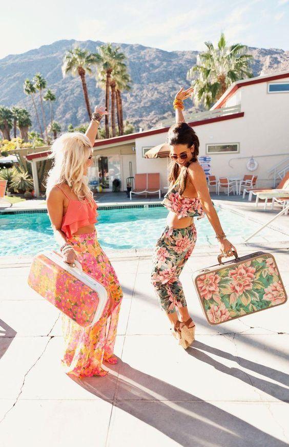 少ない服でオシャレに!旅行でのコーディネートに便利な服のまとめのサムネイル画像