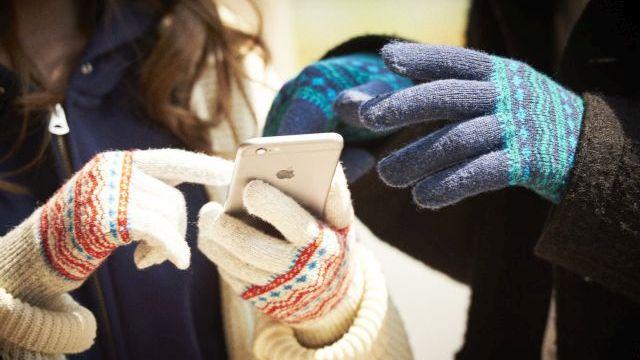 レディースらしさのあるスマホ対応手袋で、この冬は快適に!のサムネイル画像