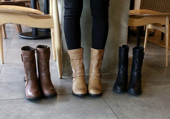 秋冬のブーツはこれで決まり!ミドル丈ブーツが可愛いお洒落コーデのサムネイル画像