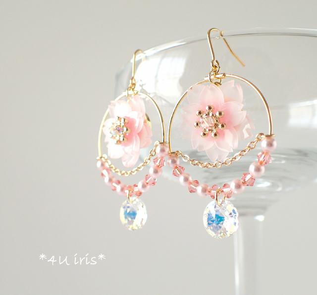 春限定ではありません!冬も桜ピアスで上品愛らしい耳元に♡のサムネイル画像