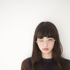 眼鏡女子必見!ダテ眼鏡から本格的な眼鏡女子まで可愛くお洒落に❤のサムネイル画像