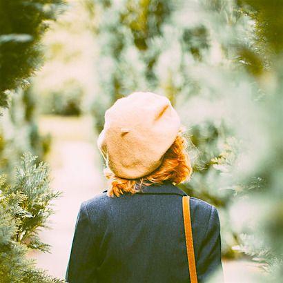 ベージュのベレー帽でカジュアルコーデ!爽やかカラーを取り入れてのサムネイル画像