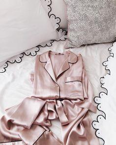 贈る相手別に選ぶ!おすすめの上質な「パジャマ」プレゼント厳選集のサムネイル画像