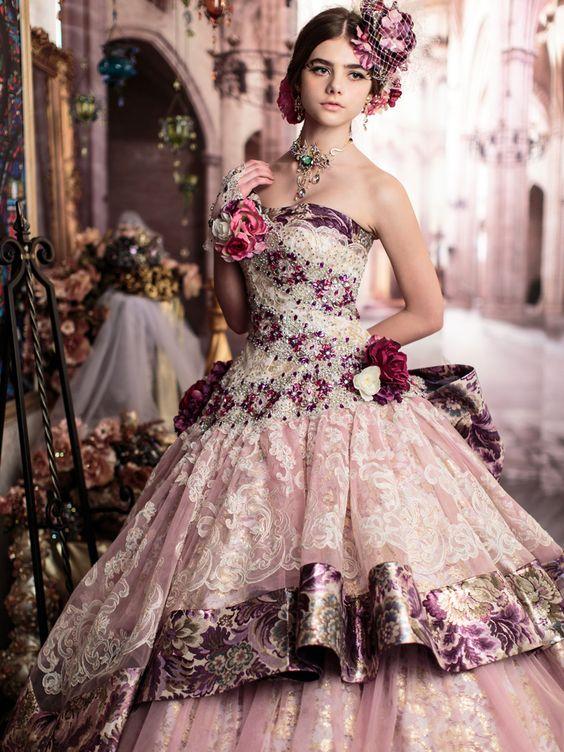 パーティーにも!日常的にも!可愛いドレスであなたもおしゃれに♪のサムネイル画像