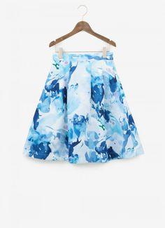 女の子はやっぱりスカート!とってもお洒落で可愛いスカートコーデ♡のサムネイル画像
